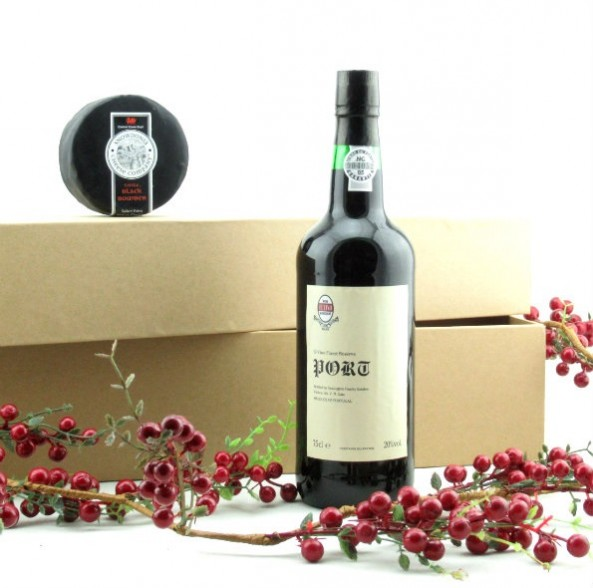 El Vino Port Reserve Port & Farmhouse Cheddar Truckle Gift Box SOLD OUT